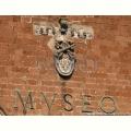 Palazzo Soliano - Stemma della famiglia Farnese