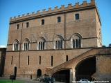 Palazzo Soliano - Veduta dal lato del Duomo